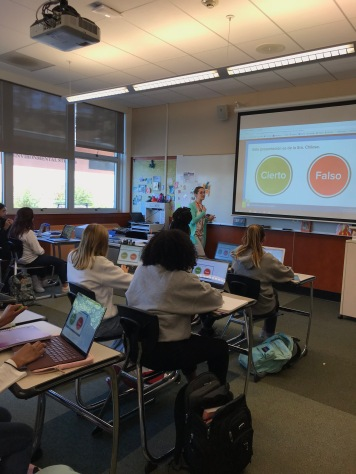 PearDeck diplays the teacher's interactive presentation on student screens.