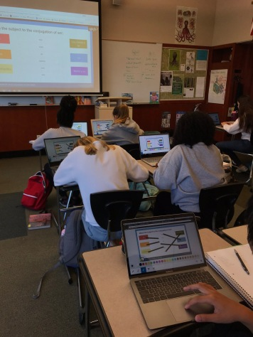 Ms. Chilese's class playing PearDeck